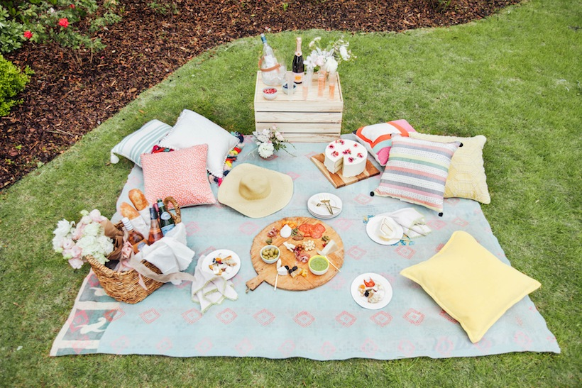 Create the perfect picnic with these easy tips
