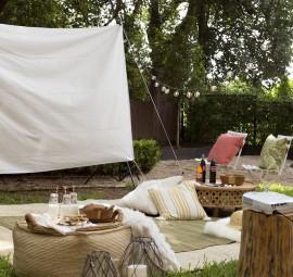 Cute backyard movie setup