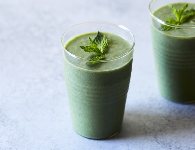Tropical Green Smoothie -- perfect for summer!
