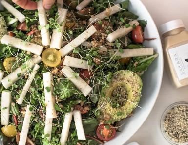 Entertaining with Sakara -- Heirloom Tomato Salad
