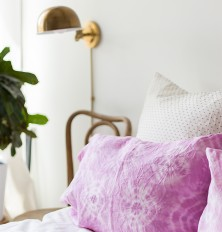 naturally dyed shibori pillowcases diy