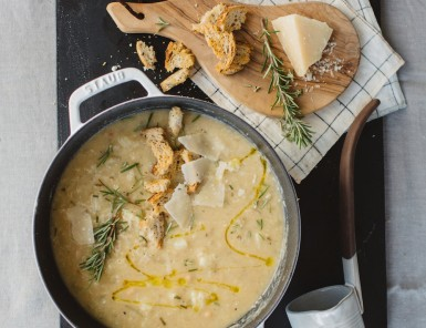 Roasted Cauliflower & White Bean Soup with Rosemary