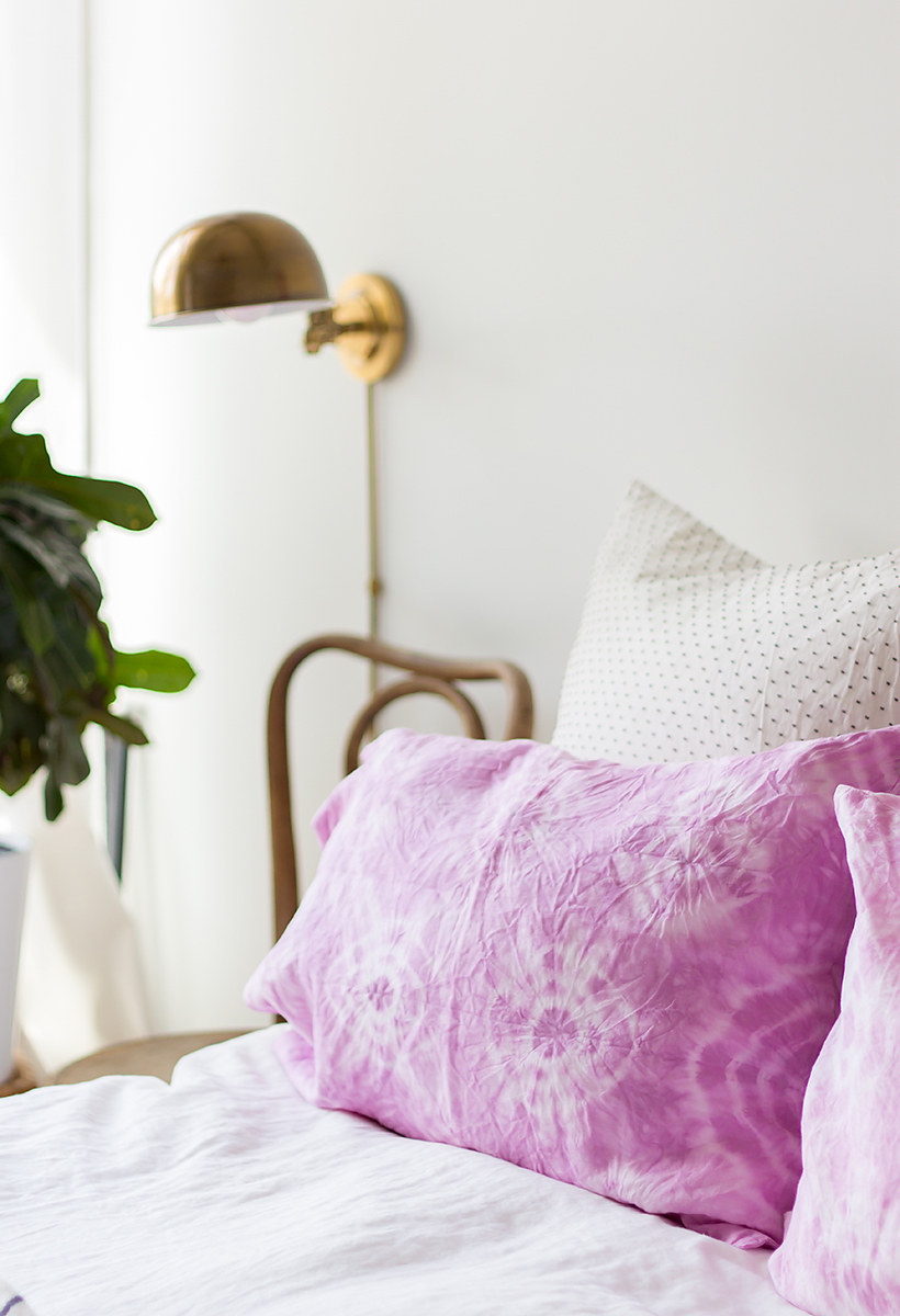 diy shibori pillowcases