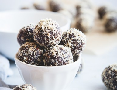 Healthy Almond Joy Bites