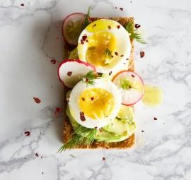 avocado wasa cracker breakfast toast