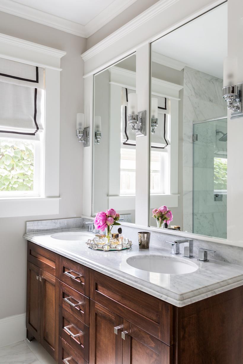 pretty clean bathroom