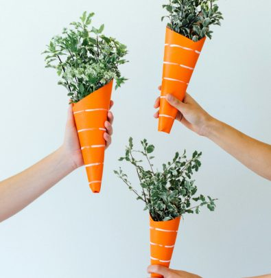 mini easter carrot bouquets!