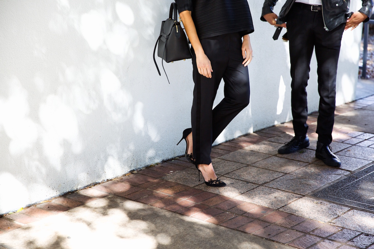 all-black outfit with heels