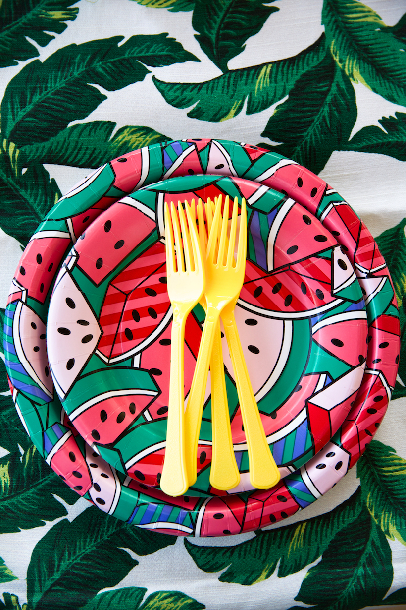the cutest paper plates