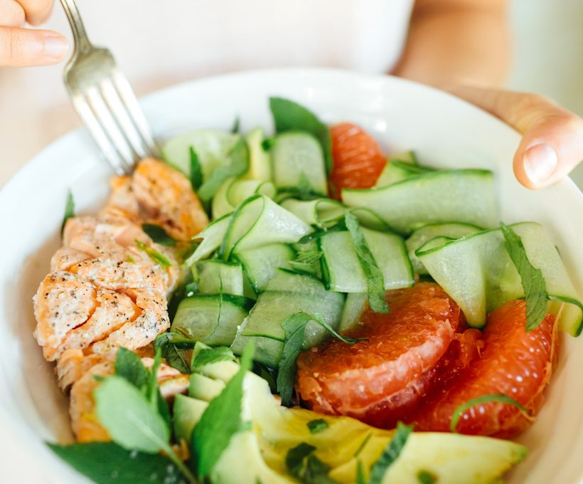 Salmon, cucumber and grapefruit salad