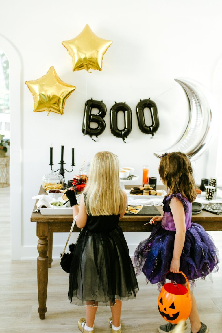 Planning This Year's Family Halloween Costume? Here Are 8 Genius Ideas to Try