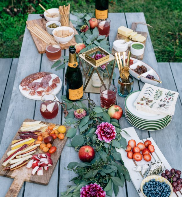 the prettiest end-of-summer dinner party!