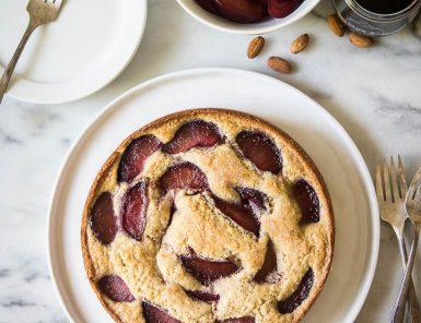 wine poached plum & almond cake - YUM!
