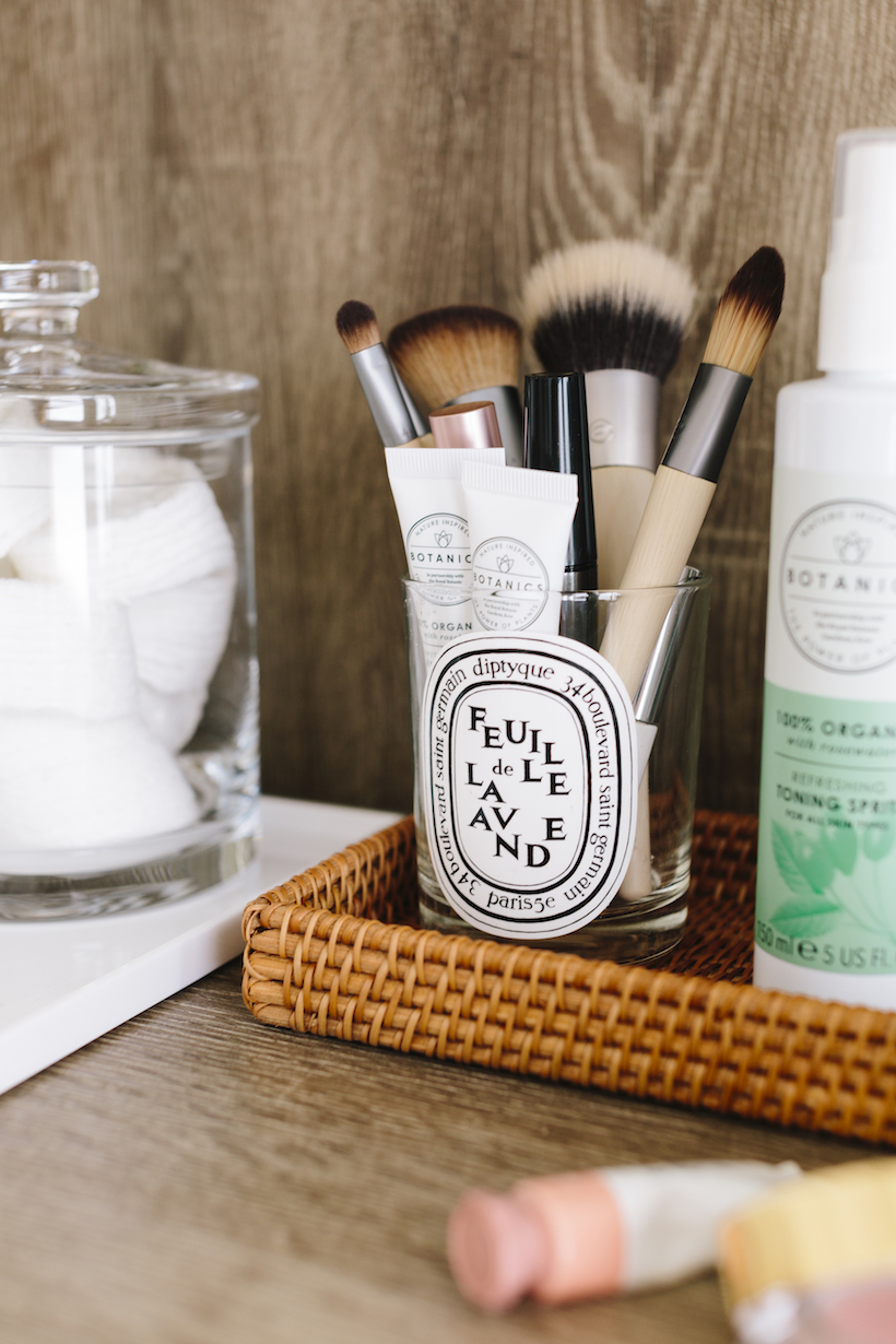 decking out your office bathroom with everything you need