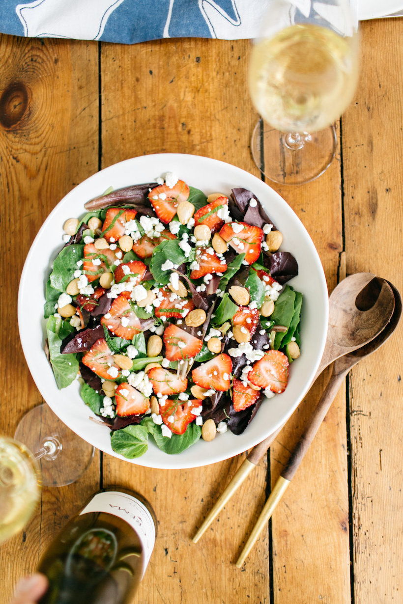fresh spinach and berry salad