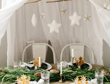 the cutest holiday kids' table!