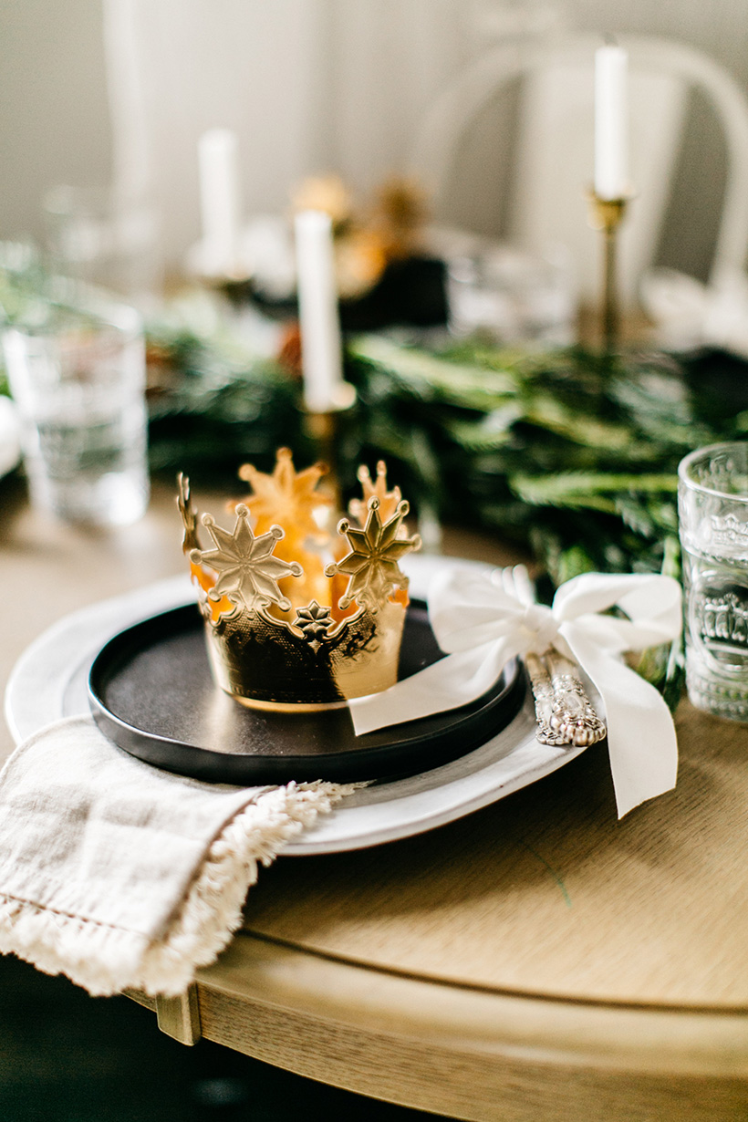 The cutest holiday kids' table