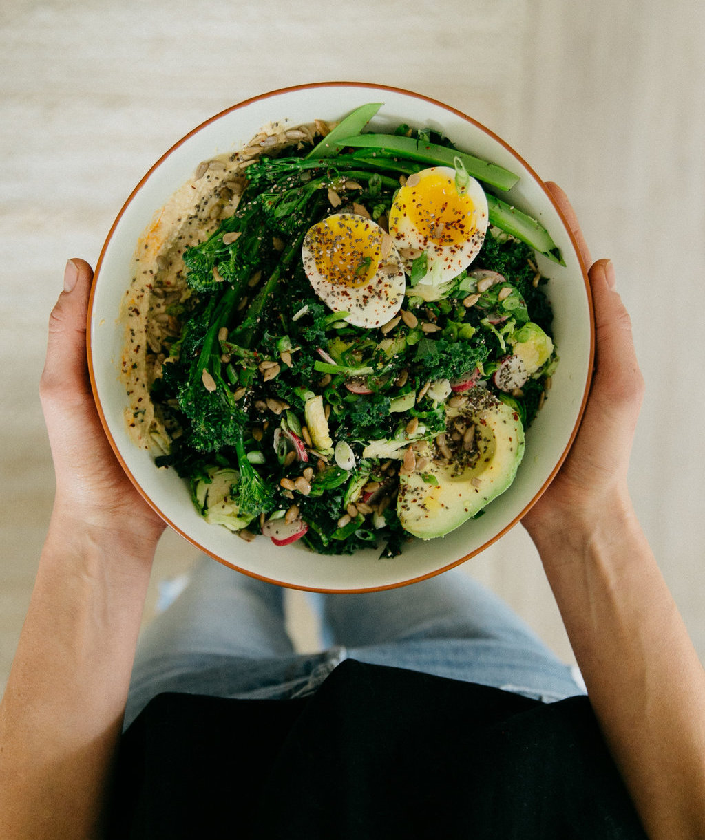 Hummus, Greens, Egg & Avo Bowl