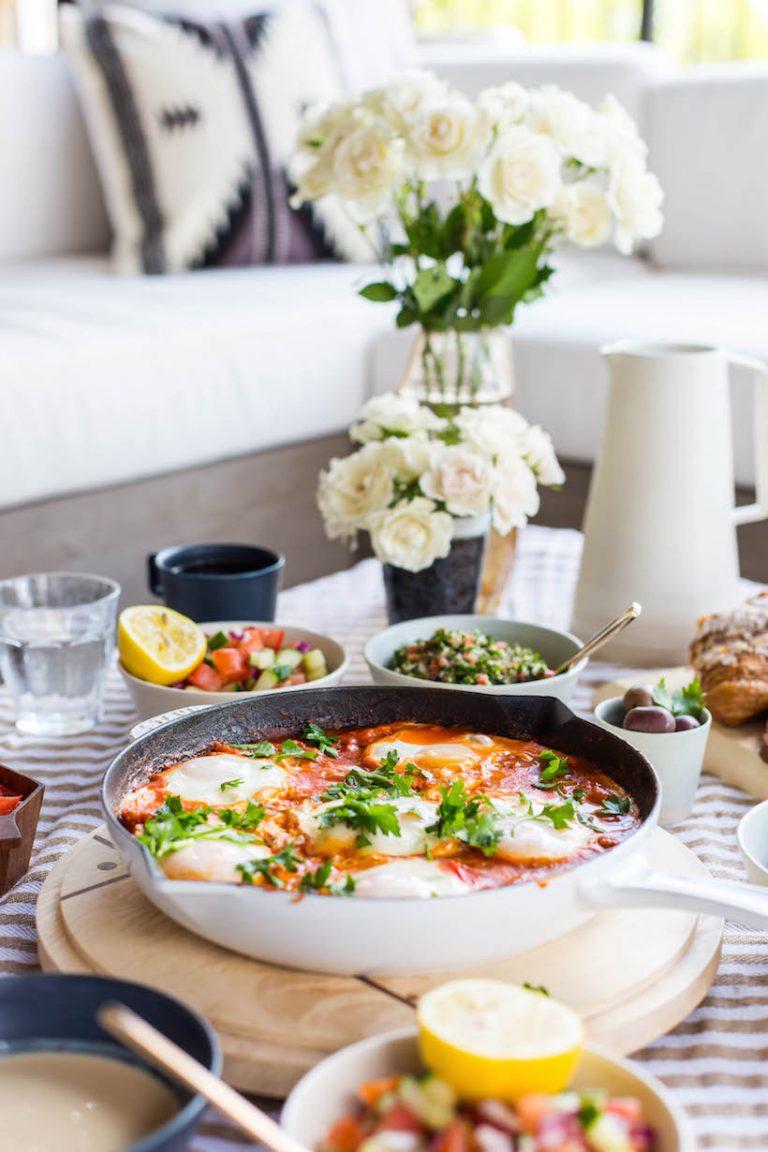how to make the best Israeli breakfast - shakshuka