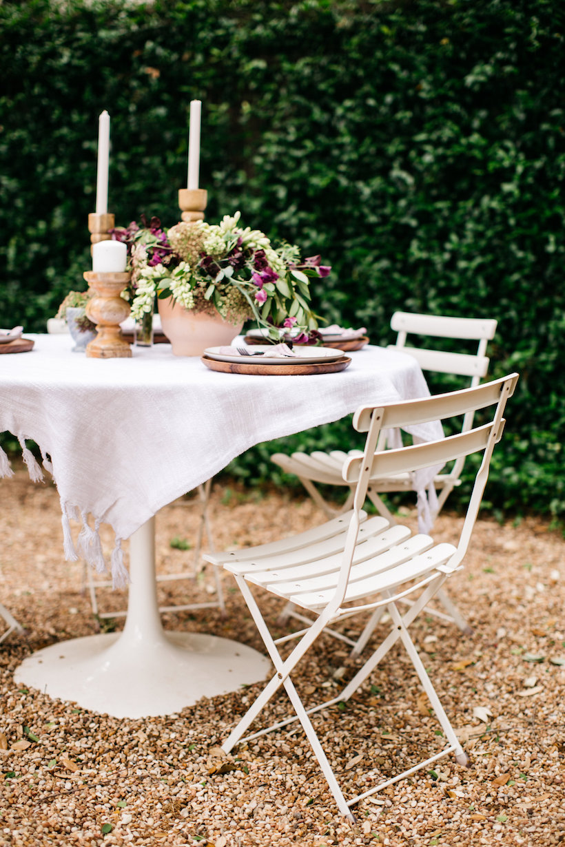 The perfect outdoor dinner party setting