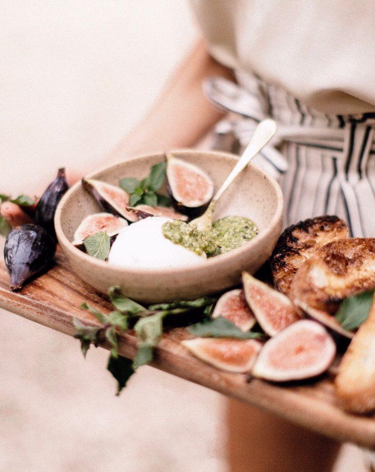 burrata with figs, pesto, & grilled bread