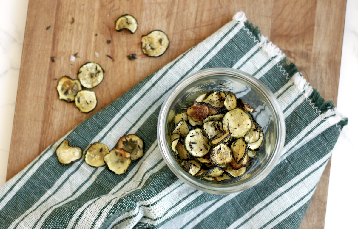 Recipe for Baked Thyme Zucchini Chips