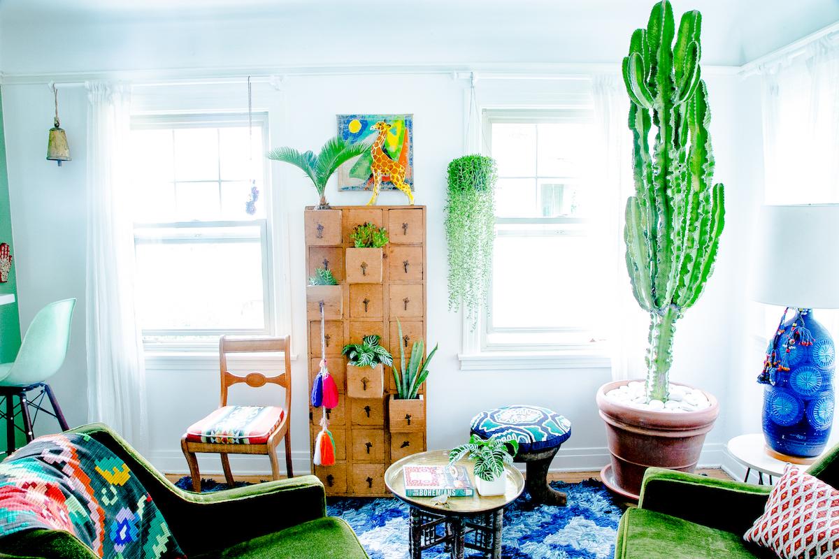 Justina Blakeney's jungalow bohemian living room