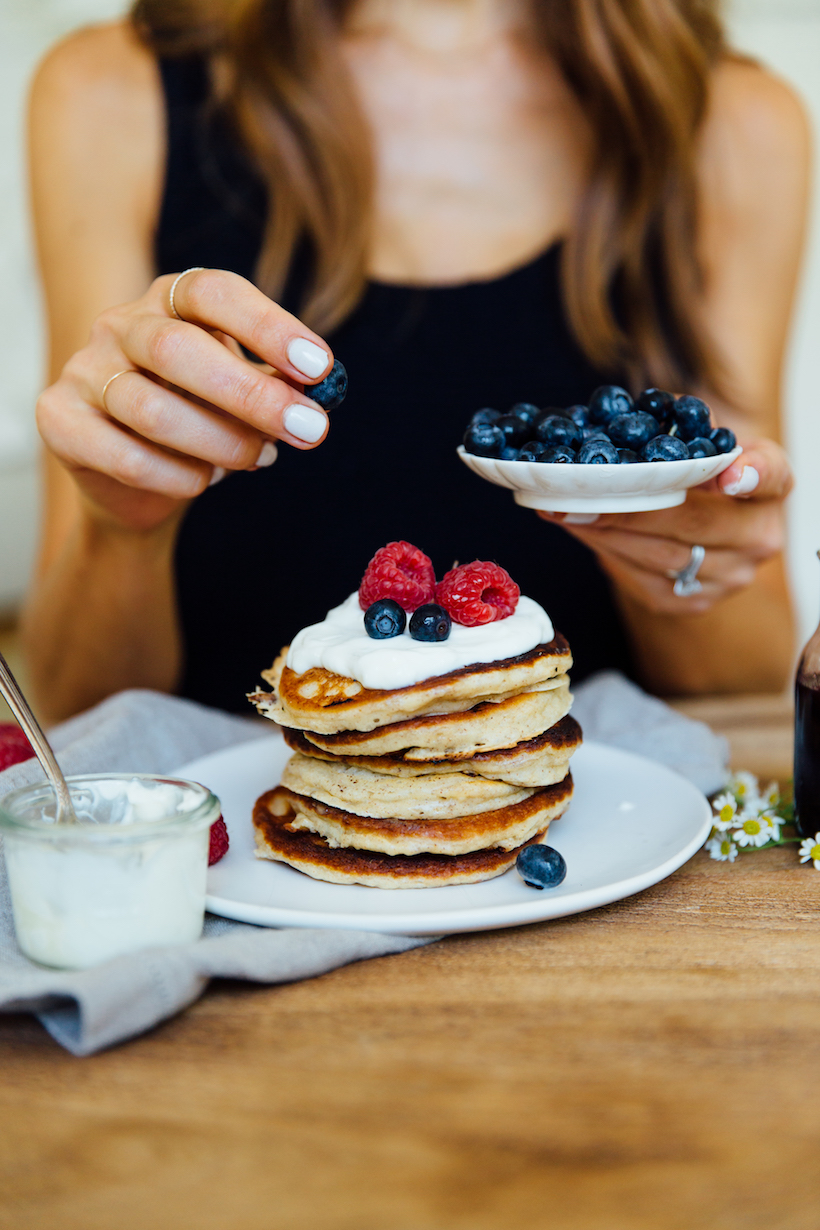 the best healthy protein pancakes with blueberries and chia seeds