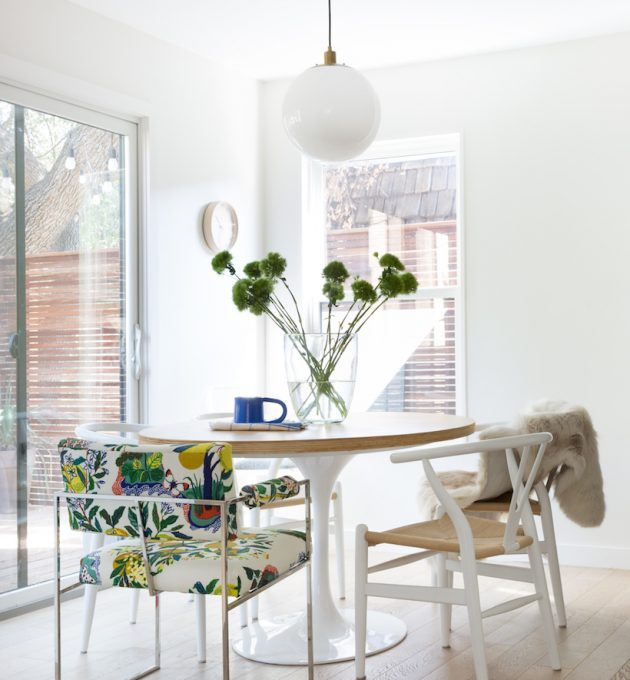light and simple dining room