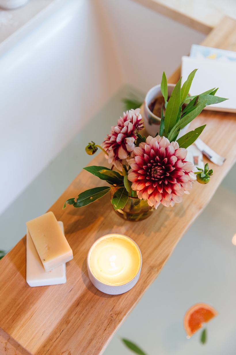 bath tray and bath caddy with relaxing candle