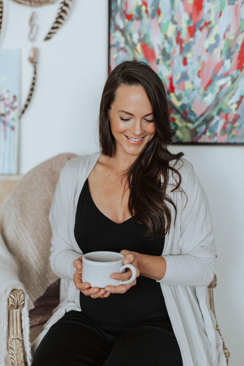 kelly leveque cozy living room big coffee cup