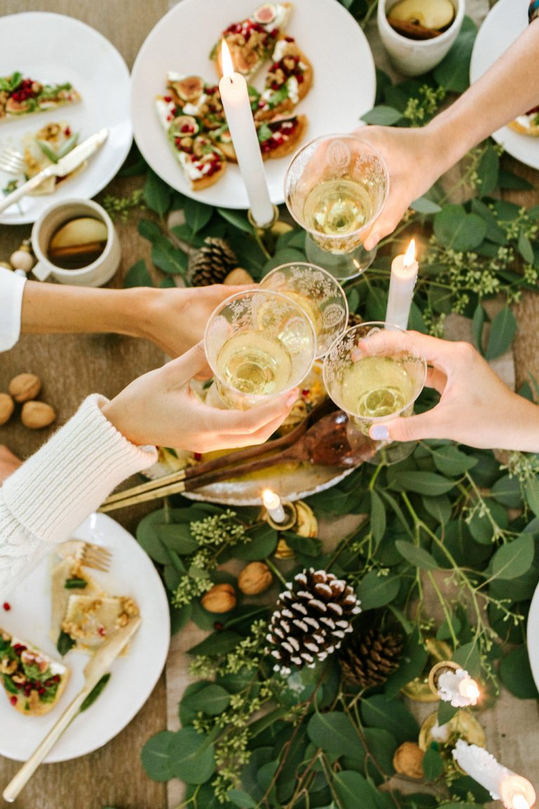 The Perfect Holiday Dinner Party Playlist