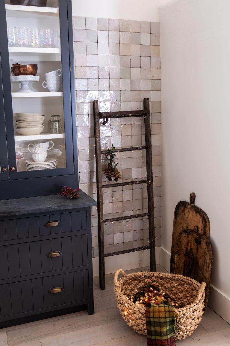 rustic kitchen details
