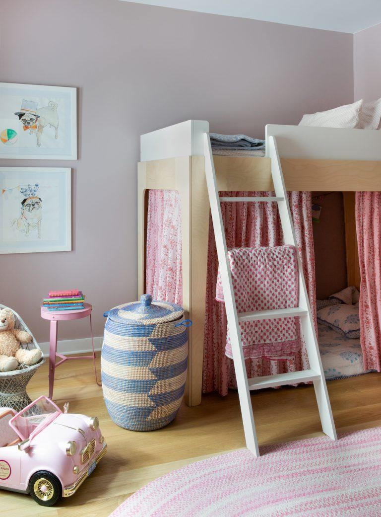 adorable pink girls bedroom