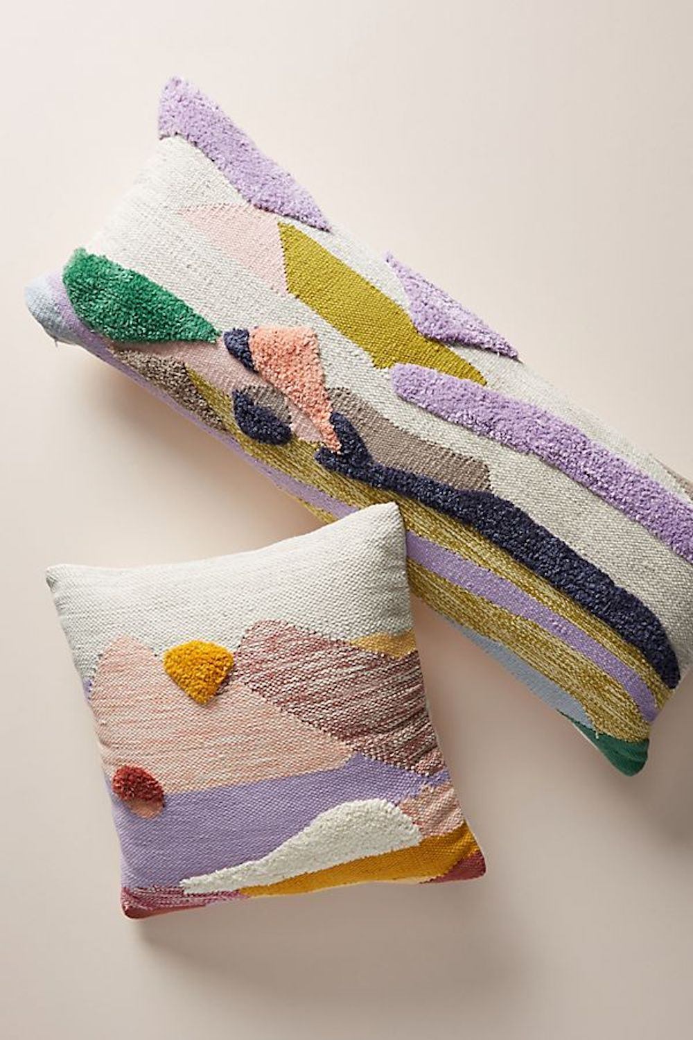 12 colorful throw pillows to freshen up
