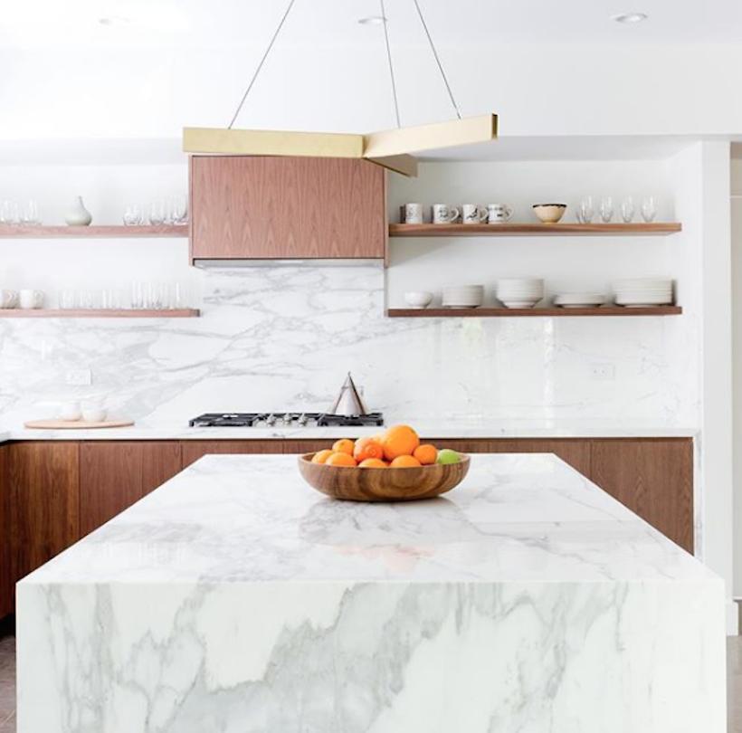 minimal kitchen marble