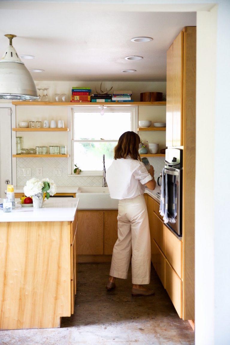 rotina matinal, cozinha neutra, vida consciente