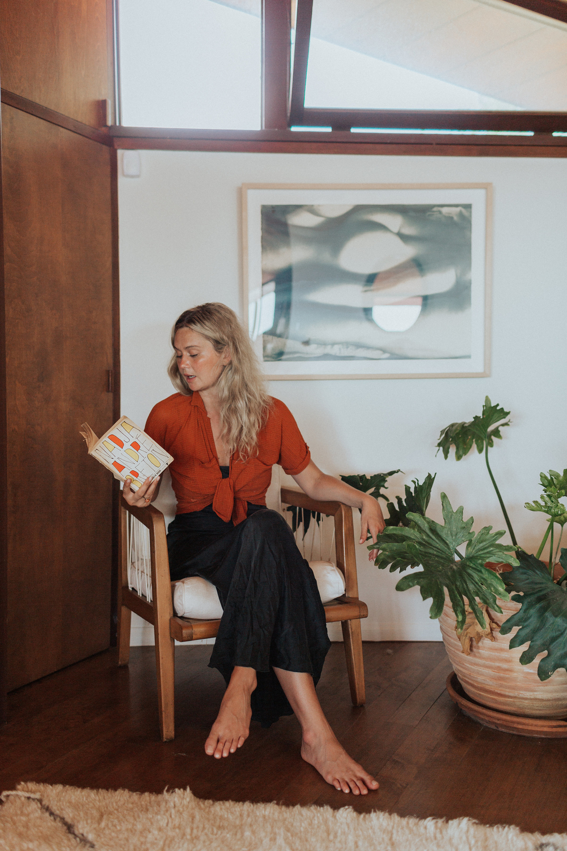 nitsa citrine, books, reading