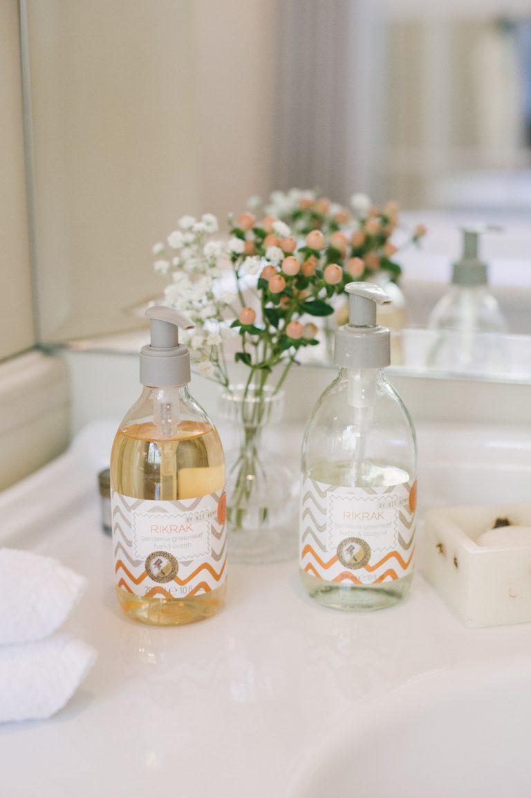 lotion, bathroom, perfume