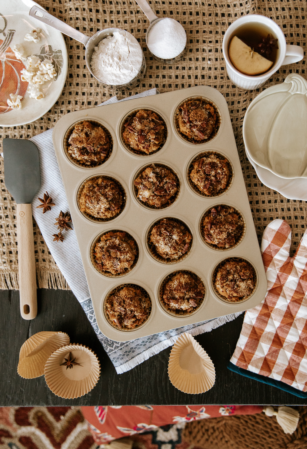 make muffins to celebrate fall!