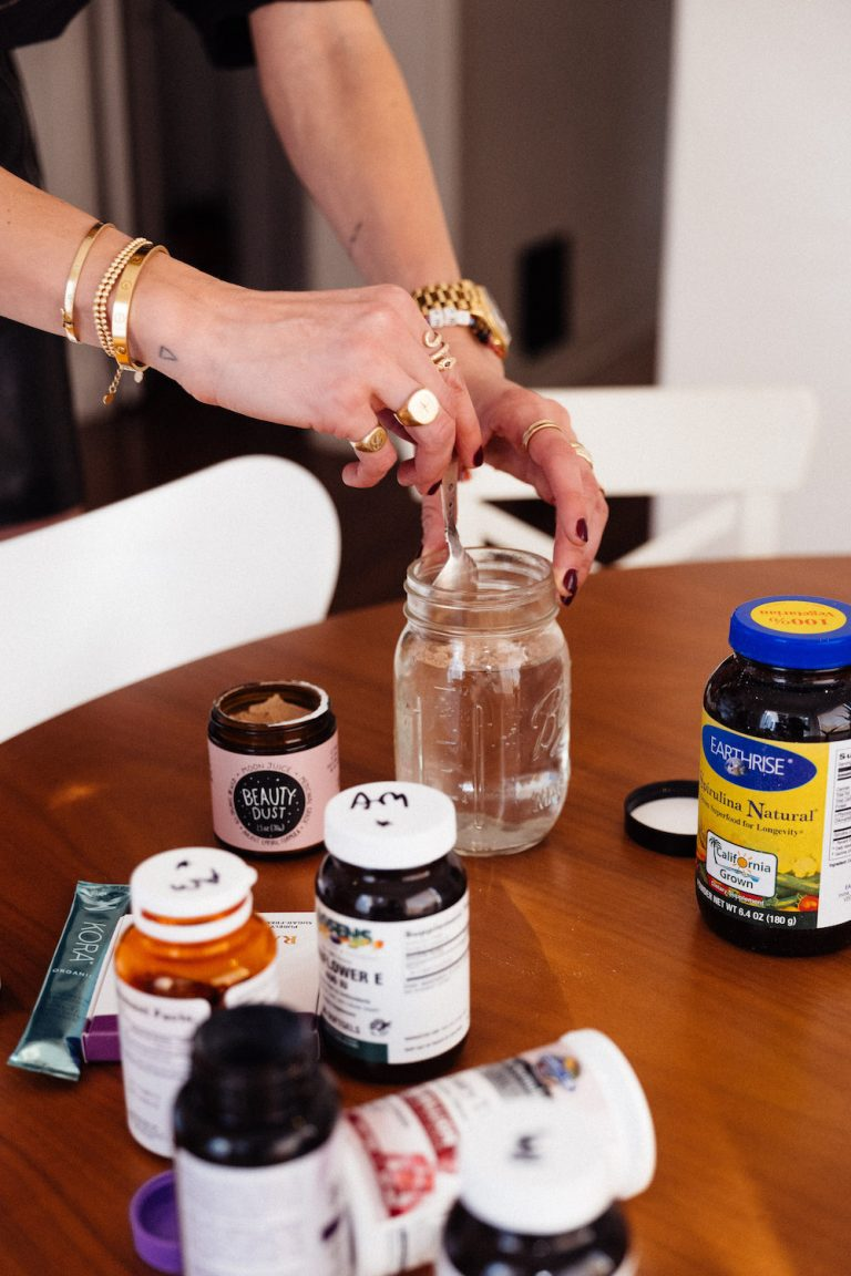 vitamins, supplements, spirulina, morning juice