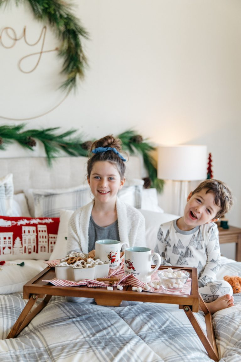 camille gives her master bedroom a cozy makeover for christmas, with target