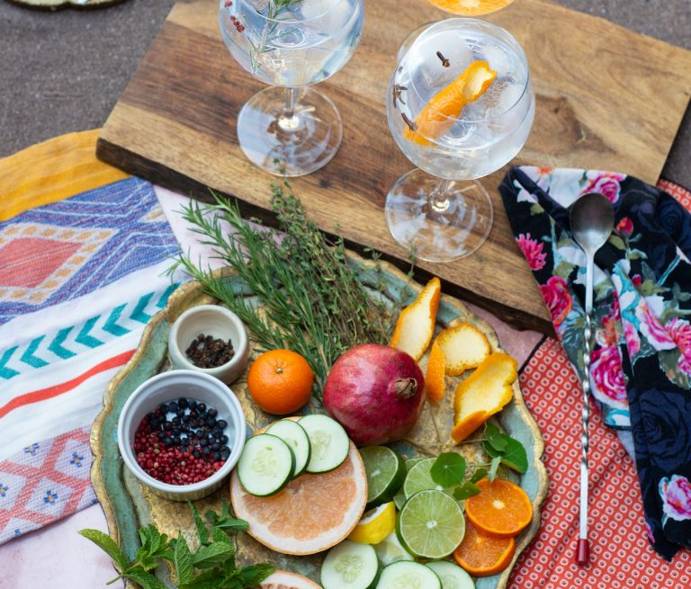 A Gin & Tonic Bar is Your Thanksgiving Cocktail Solution