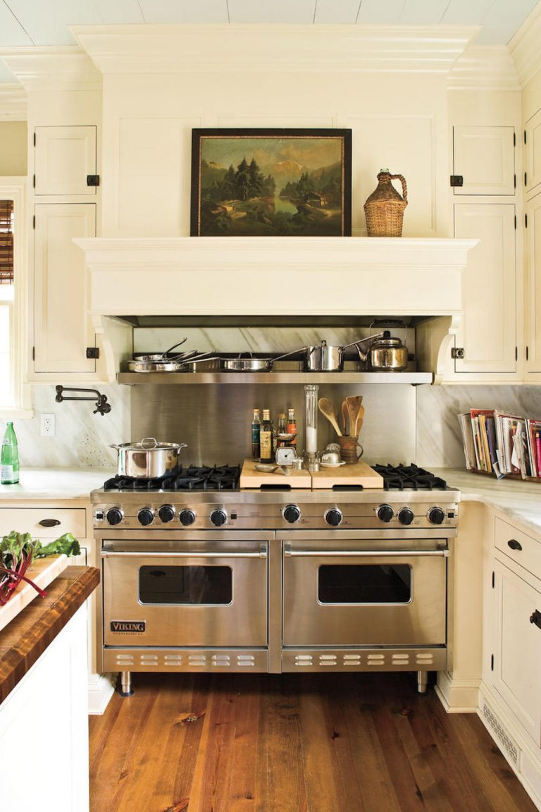 kitchens where appliances stole the show