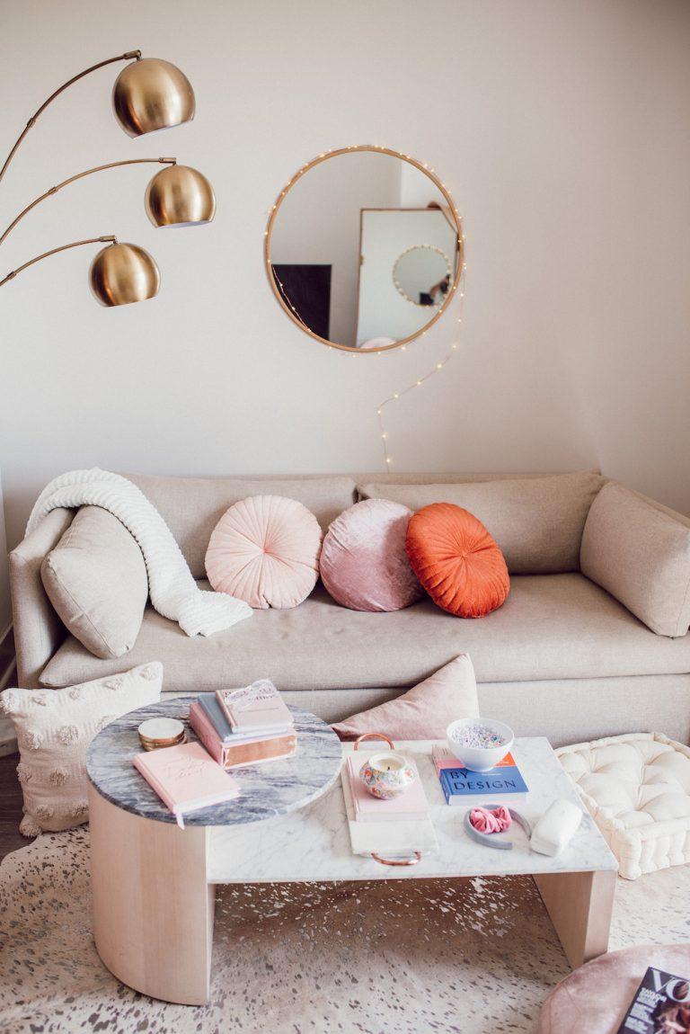 jessi afshin's austin living room