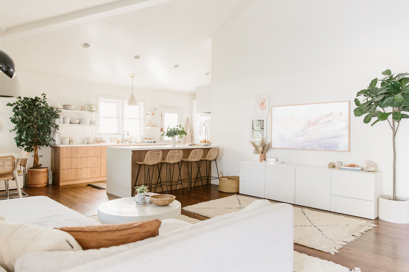 molly madfis home, almost makes perfect, california home, neutral home decor, kitchen, minimalist kitchen