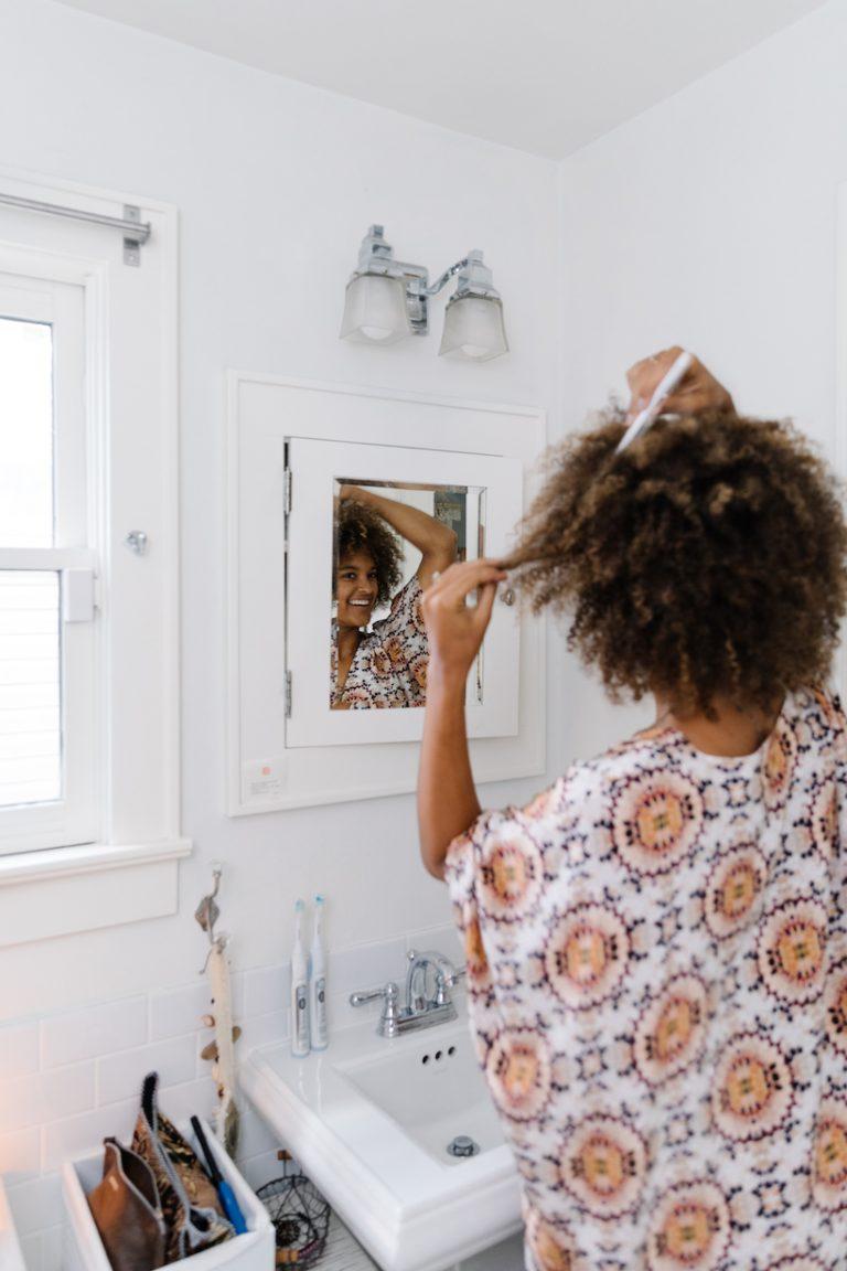 8 dicas de bricolage para o crescimento de cabelos mais longos e fortes 2