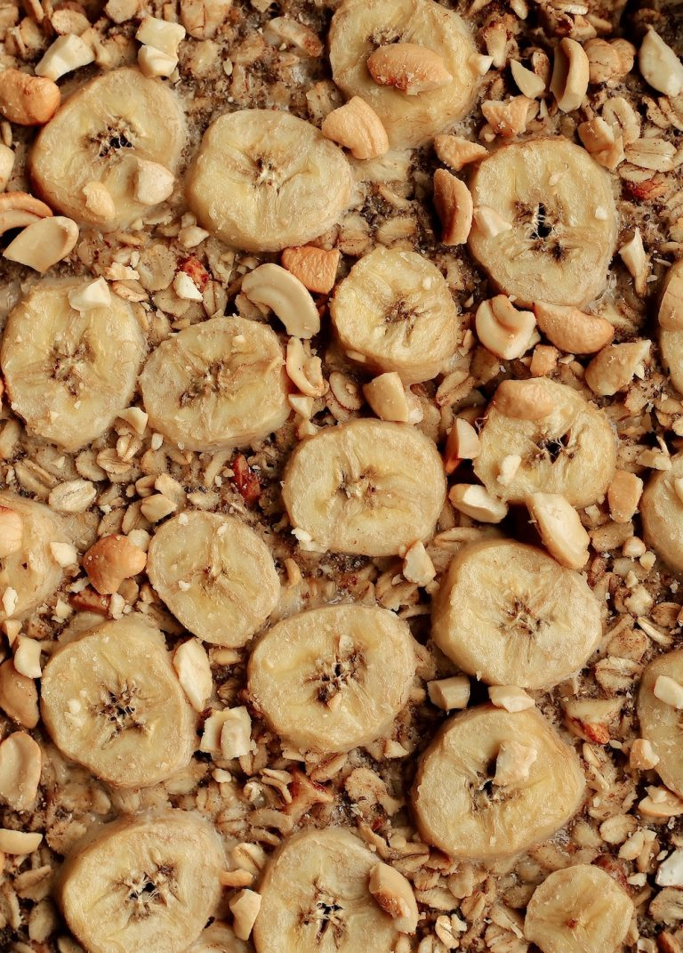 easy healthy vegetarian breakfast recipe baked banana cashew oatmeal