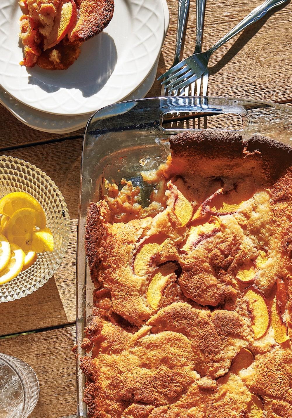 EASY-Summer-Peach-SO-delicious-recipe-summer-peach--camille-styles-Peach-Cobbler