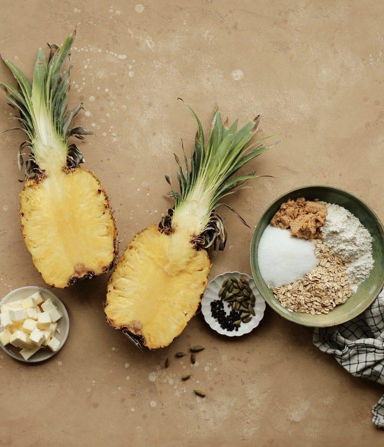 cardamom and black pepper pineapple crumble
